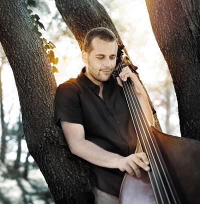 David ESKENAZY à la contrebasse